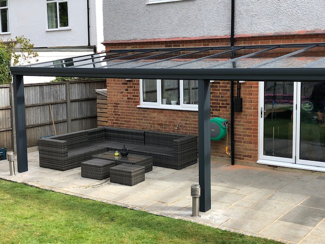 Garden Veranda in Farnborough